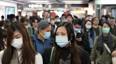 """El """"gran error"""" en EEUU y Europa es que la gente no usa tapabocas, afirma experto chino en coronavirus"""