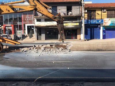 En plena emergencia sanitaria, MOPC destina recursos para demoler obras