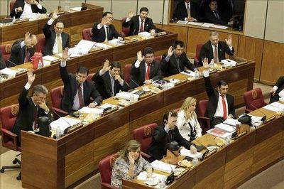 Senado extiende plazo de elecciones y mandatos de autoridades