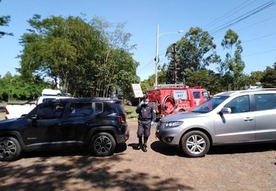 HOY / Dos vehículos fueron retenidos, ya que sus conductores alegaron tener un permiso especial del ministro del Interior para transitar