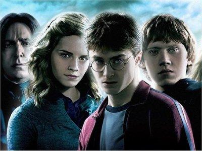 J.K. Rowling lanza plataforma con actividades para el confinamiento