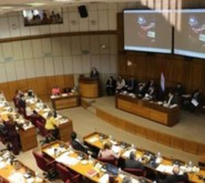 Senado aprueba postergar comicios municipales hasta por un año