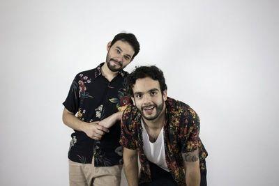 Menta Nativa lanza canción inspirada en el profesor Jirafales y Doña Florinda