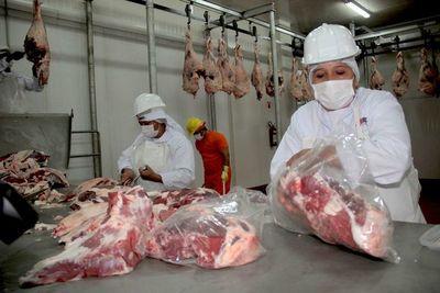 Bajos precios del ganado bovino afectan a productores