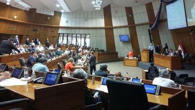 Senadores modificaron ley y dejan a criterio de intendentes cómo utilizar los royalties