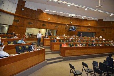 Senado aprueba con modificaciones la redistribución de royalties