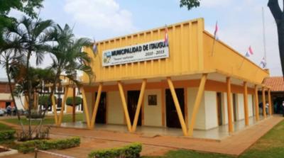 HOY / Municipalidad de Itauguá recorta los salarios hasta la mitad y destina a salud