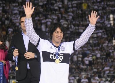 Olimpia e Independiente saludan a Daniel Garnero