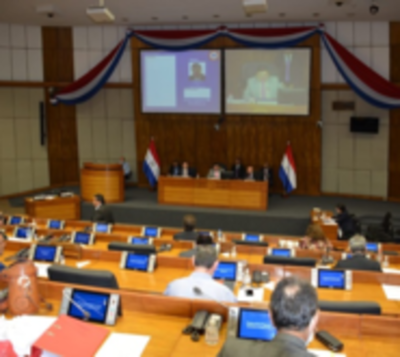 Media sanción a uso de royaltíes para lucha contra Covid-19