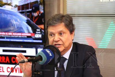 Clases podrían reanudarse en setiembre, según Acevedo
