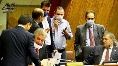 Senado rechaza idea del Ejecutivo de usar 50% de los royalties en la salud