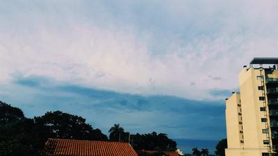Jueves con lluvias, tormentas eléctricas y descenso de temperatura