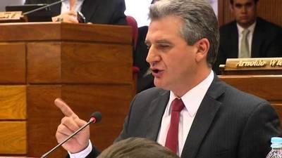 Abdo vetará proyecto que deja en manos de intendentes y gobernadores royalties si Diputados aprueban, según Bacchetta