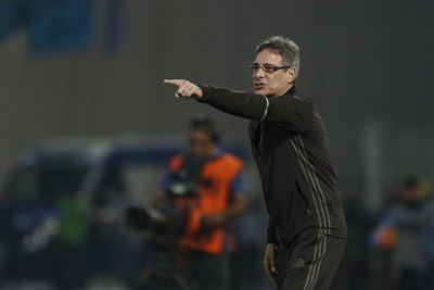 Carpegiani califica a 'Chiqui' Arce como 'un futbolista que marcó historia'