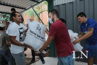 Libertad dona víveres para asistir a los más necesitados
