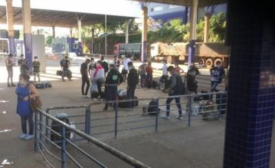 Centenar de compatriotas llegarán al país desde el Brasil y Uruguay