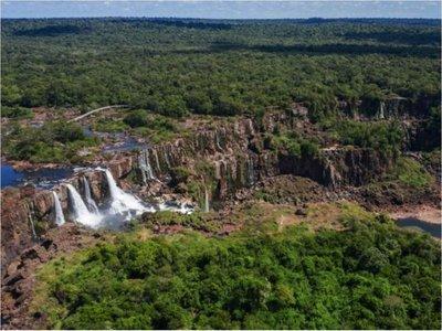 Las Cataratas del Yguazú, afectadas por grave sequía