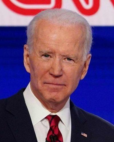Demócratas posponen su convención nacional