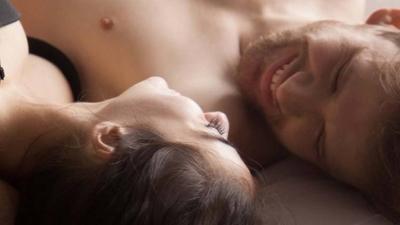 HOY / El estrés tiene un efecto catastrófico y el sexo lo combate, avisa infectólogo