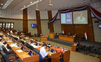 HOY / Senadora esperaba resultados del Covid-19 y fue a sesión, según Víctor Ríos