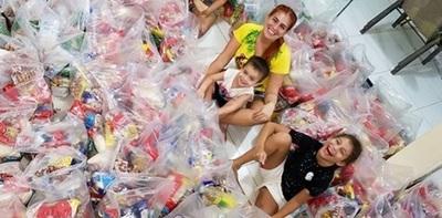 Respondieron al pedido deNathuGonzález y logró preparar más de 150 kitscon alimentos