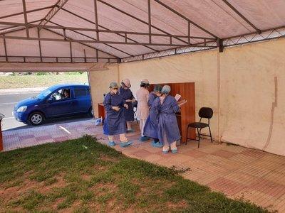 Hacen test de Covid-19 en la Costanera de Asunción, pero solo a los que están en seguimiento