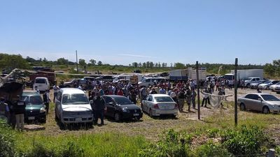 Fiscalía retiene a más de 50 automovilistas en Ñu Guasu