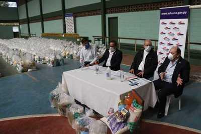 Aduanas donó esta mañana 20.000 kilos de alimentos a la Pastoral Arquidiocesana