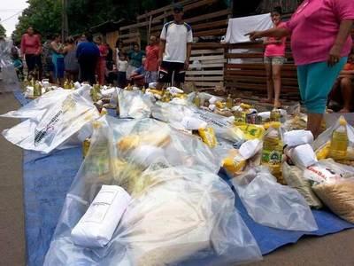 Gobernación de Ñeembucú realiza tercera entrega de kits de víveres