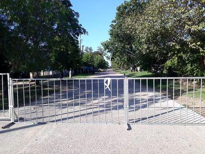 Municipalidad colocó vallas en 67 calles de Villa Florida