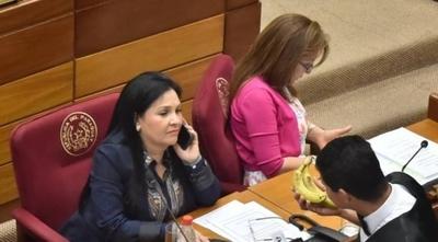 HOY / Llano advirtió a Bajac que no era conveniente viajar: igual voló con dinero del Senado