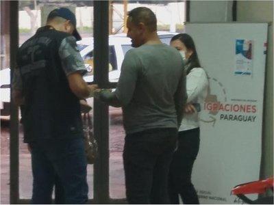 Expulsan a brasileños que ingresaron clandestinamente al país