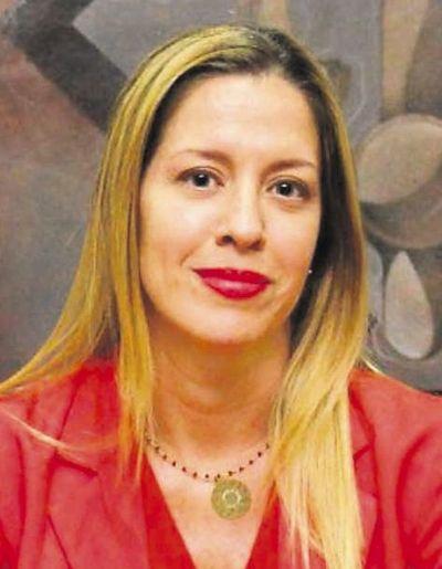 Fiscala investiga posible violación de emergencia