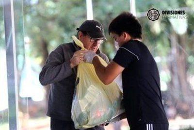 Olimpia se solidariza con futbolistas de sus formativas
