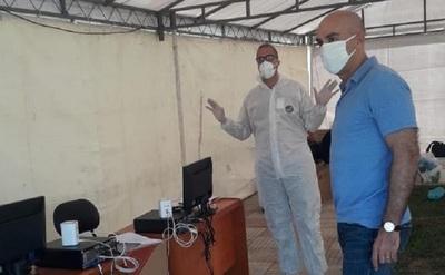 Ministro verifica funcionamiento de toma de muestras para COVID19 en la Costanera