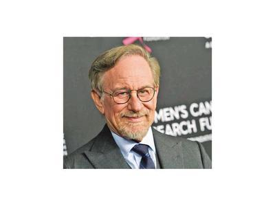 Spielberg envía comida y dona 500.000 dólares