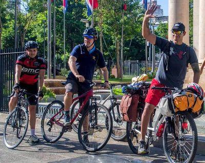 De recorrer en bici por Brasil a albergue de cuarentena