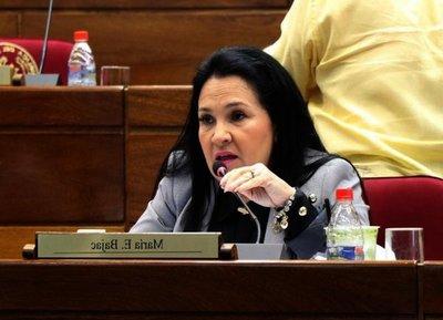 Llano exige a Bajac que renuncie a su banca en el senado