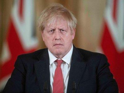 Boris Johnson ingresa en un hospital por precaución ante síntomas de Covid-19