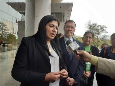 Fiscalía imputa a diputada Del Pilar Medina por violar cuarentena sanitaria