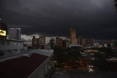Meteorología emite boletín especial por probable tiempo significativo