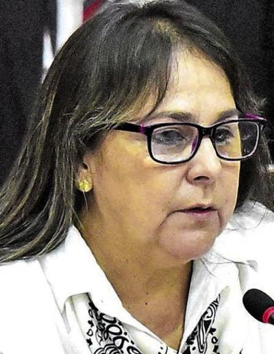 Senadora Nani Arrúa insta a sesión por videoconferencia
