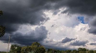 Anuncian tormentas eléctricas y descenso de la temperatura para este lunes