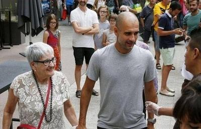 HOY / El COVID-19 se llevó a la madre de Pep Guardiola