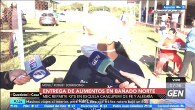 HOY / Entrega de 230 kits de alimentos en el Colegio Alvarín Romero de Asunción