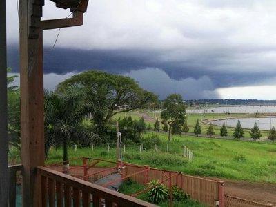 Alerta sobre tormentas eléctricas para 10 departamentos