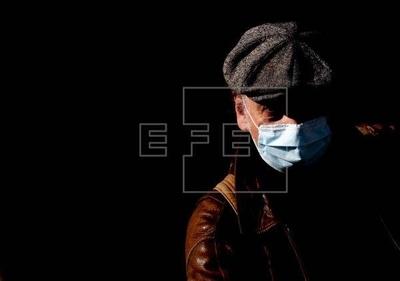 HOY / Turquía prohíbe vender mascarillas y las distribuirá gratis a los ciudadanos