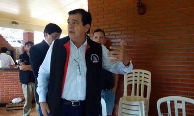 Rubén Rojas prohíbe ventas de feriantes en mercado de abasto