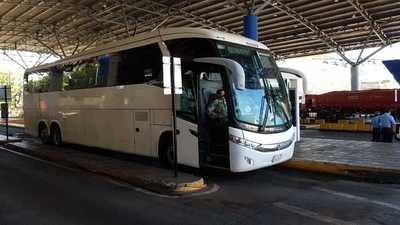 11 paraguayos que ingresaron por el Puente de la Amistad serán trasladados a Asunción