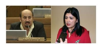 Tanto Ortiz como Medina deben perder sus investiduras, afirma Kattya